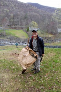 Help AWSMP plant a riparian buffer this weekend and join us for the Ashokan Watershed Month Closing Party!